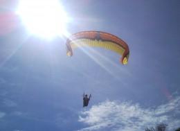 Самые экстримальные виды спорта, полет на парашуте,