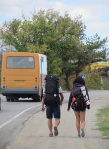 как автостопить, тяжело ли быть автостопщиком, зачем путешествовать автостопом.