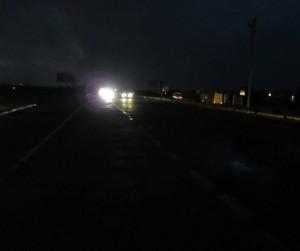 Путешествовать ночью опасно, опасности ночного автостопа.