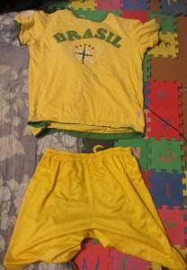 Шорты и футболка за 40 рублей, летняя одежда для путешествия.