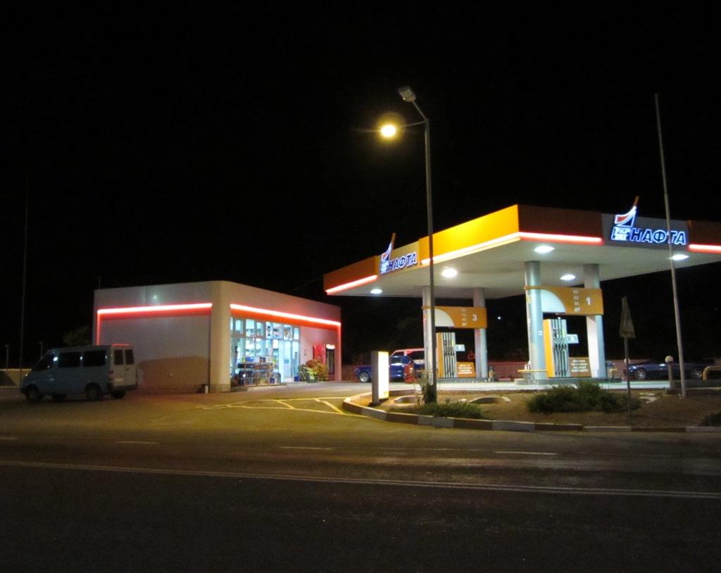 Ночные автостопщики, Можно ли ночью ездить автостопом.