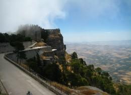Замок в тумане, мечты о путешествиях, путешествие мечты.