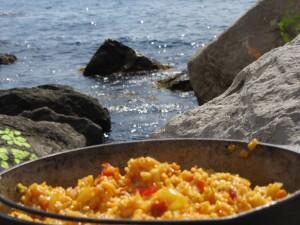 Как готовить на пляже, крымский плов