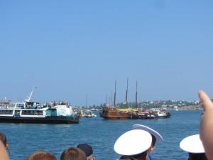 Парад кораблей на день морского флота.