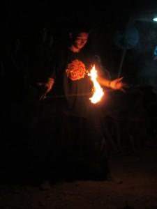 Огненные шоу в крыму на сказочном городе, лучшие фаерщики Украины