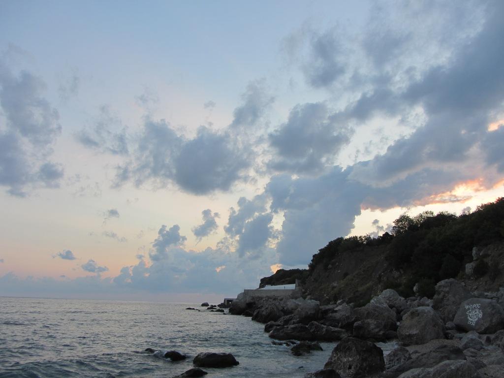 ЮБК Крым цена на отдых, Отдых в Крыму Форос фото