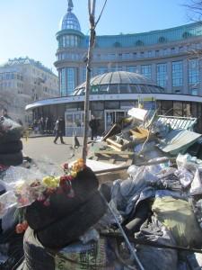 Barricades at Maidan photo (11)