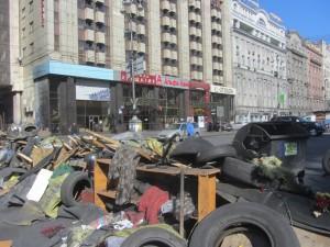 Barricades at Maidan photo (14)