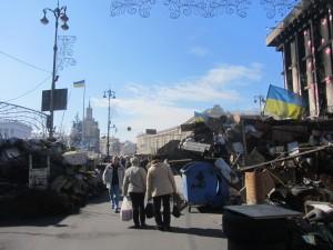 Barricades at Maidan photo (16)