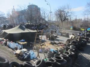 Barricades at Maidan photo (4)