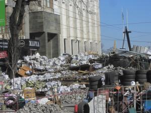 Barricades at Maidan photo (8)