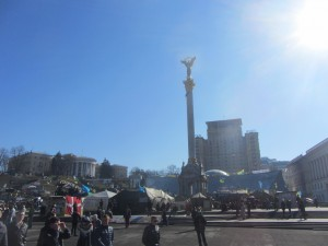 photos from Maidan in Kiev today (9)