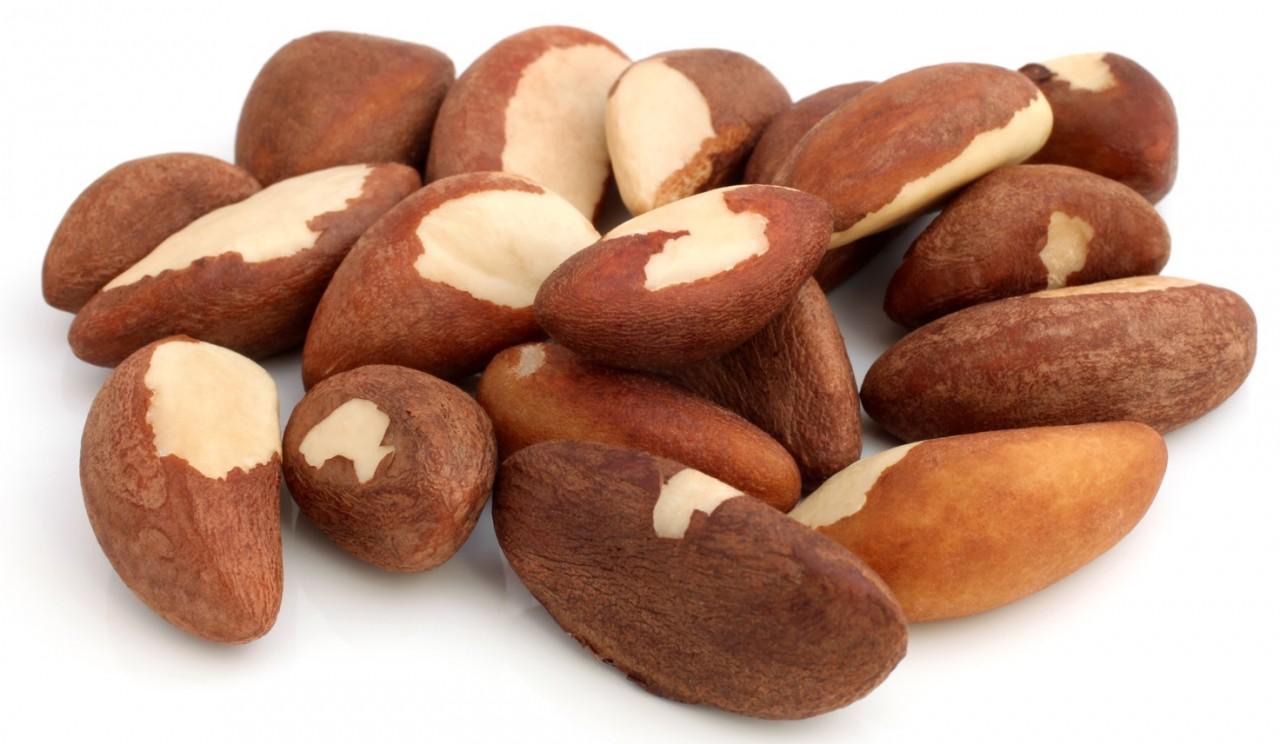 Польза масла бразильского ореха, Употребление бразильского ореха, Бразильский орех польза для женщин, Вред бразильского ореха,