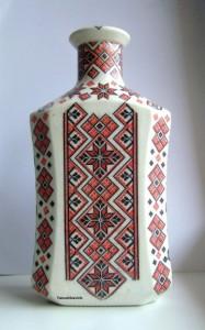 Декупаж бутылки в украинском стиле