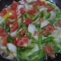 Пошаговый рецепт приготовления яичницы с зеленью с фото, Как правильно пожарить яйца.