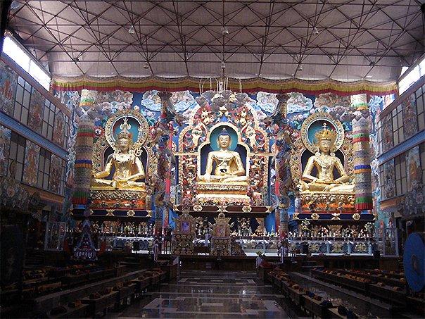 Чем отличаются буддийские монастыри, Буддийские монастыри Уклад жизни и отличия от других религий, Как уйти буддийский монастырь, Обеты при вступлении в буддийский монастырь.