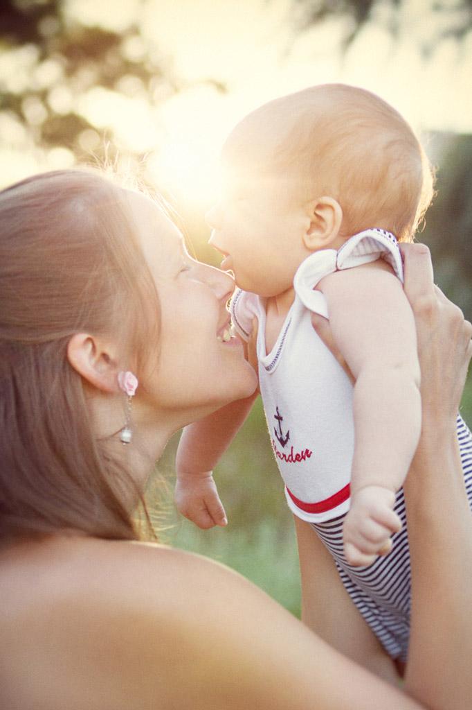 Что такое мама-терапия, как лечить ребенка Любовью и Словами, Драпкин и система лечения любовью, Система лечения детей материнскими словами, Старинные славянские методики лечения словами,