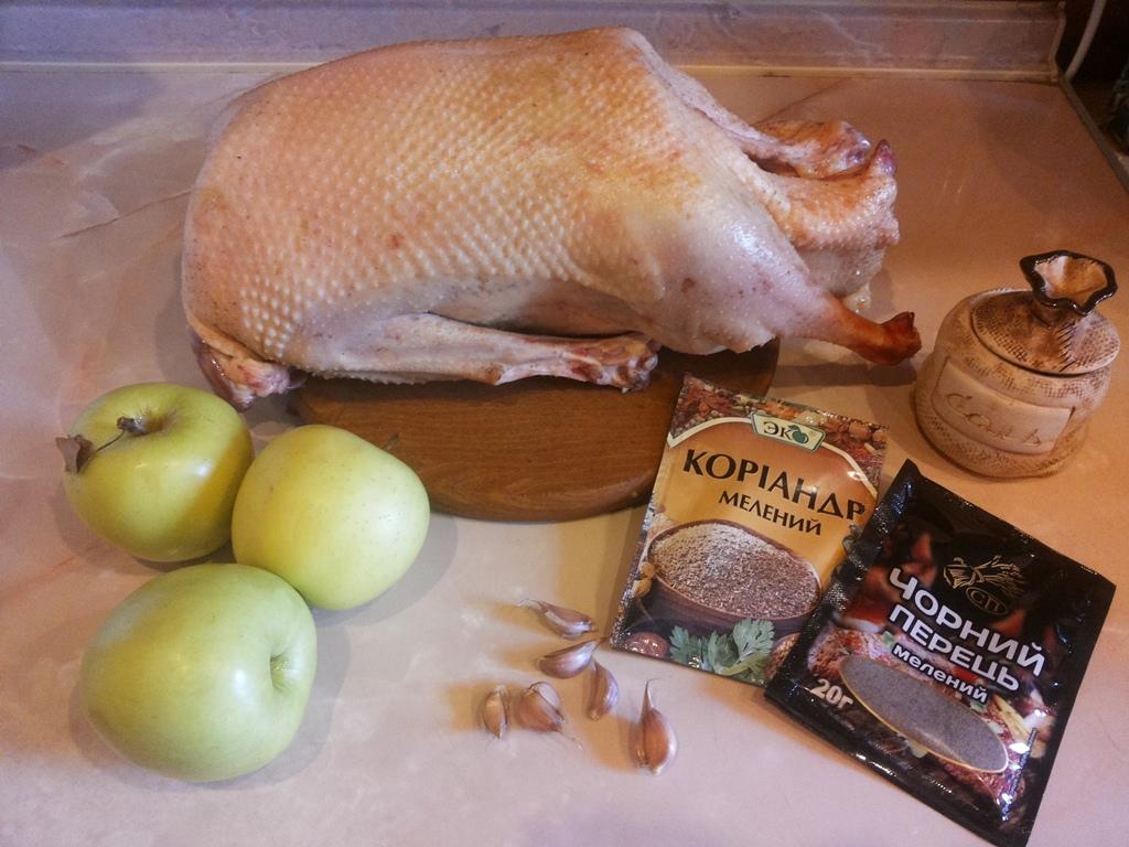 Продукты для гуся с яблоками