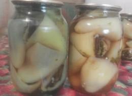 sladkij perec farshirovannyj baklazhanami v bankah na zimu