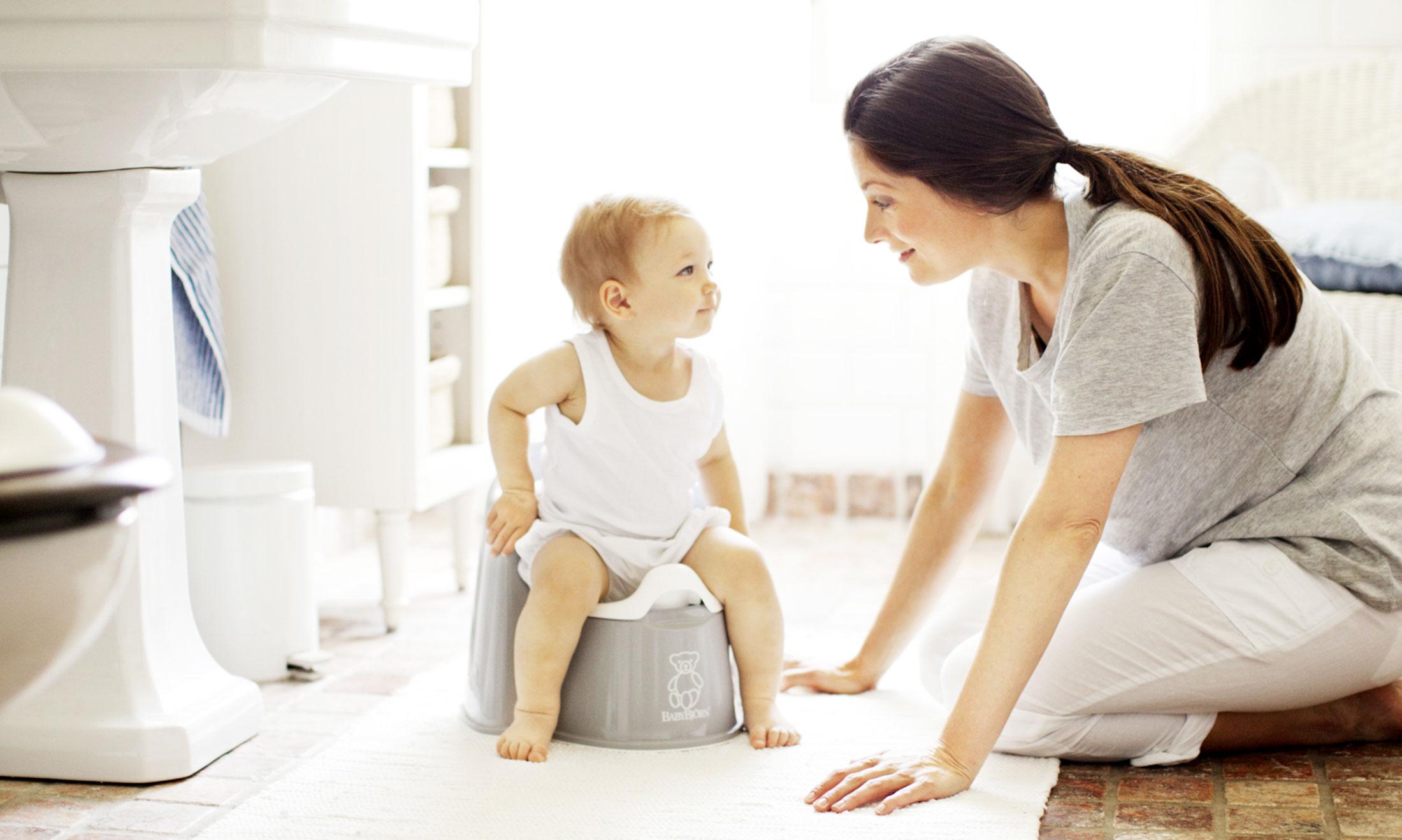 Kak_priuchit_rebenka_k_gorshku, ребенок и горшок, приучение ребенка к горшку